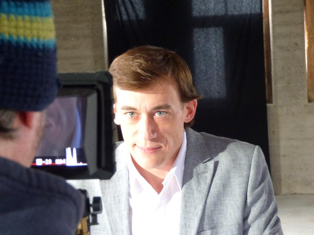 Norman Graue beim Imagefilmdreh über die Notwendigkeit einer Bauherrenvertretung - Conwick, Agentur für stressfreies Bauen